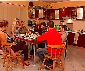 A model family 1h 42 min