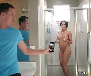 BrazzersStep son catches in the showerHD