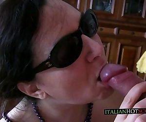trailer bellissima milf italiana / italian milf mature - 1 min 20 sec HD