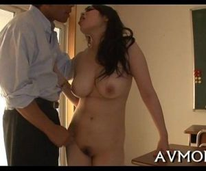 Hot mother id like to fuck devours large dick - 5 min