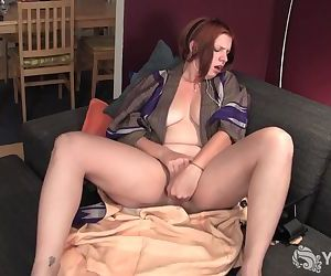 Amateur Girl Veronica Fingering Her Pussy