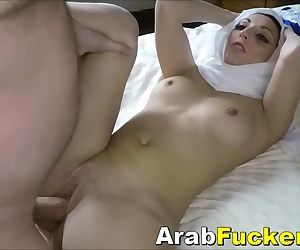 Arab Hijab Girl Pays For Motel Room With Her Mouth