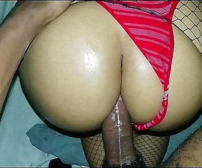 First anal a thief breaks my door while I bathe. Solprende gives me an incredible fuck and cums in my ass 11 min HD+