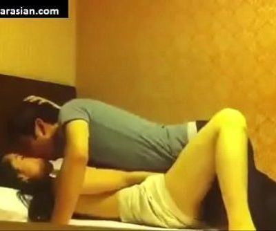 Korean Couple Honeymoon - www.MYDEARASIAN.com - 10 min