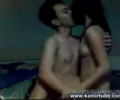 Couple Enjoy na Enjoy sa pag gawa ng Sariling Scandal - www.kanortube.com - 3 min