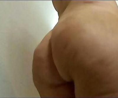 PAWG Shakes Ass All in Your Face 6 min HD+