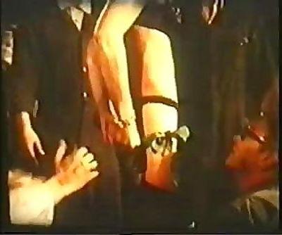 Lasse Braun 70s Style gangbang-Lady M