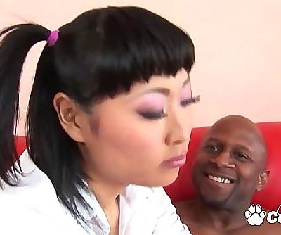 Asian Teen Yuki Mori Seduces A Big Black Man & Swallows His Load 26 min 1080p