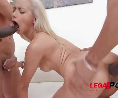 Veronica Leal is a piss drinking slut!