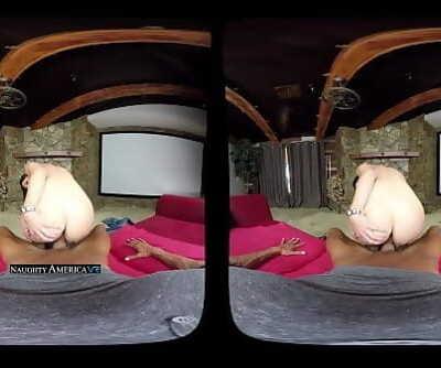 VR MILFIndia SummerNaughtyAmericaVR.com 2 min 720p