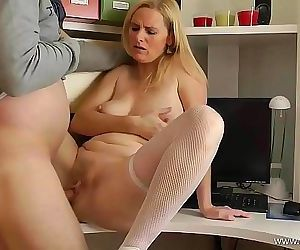 Mom alone at HomeFuck my mature Cunt 11 min HD+