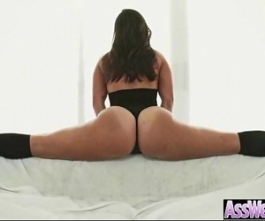 Anal Hard Deep Sex On Cam With Curvy Big Ass Oiled Girl clip-14