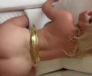 Britney Amber Blows