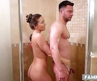 Stepsister massageAbigail Mac 6 min HD+