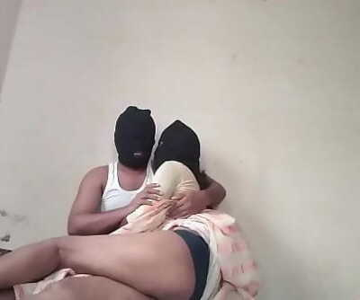 Indian Desi Couple Playing Sex 10 min 1080p