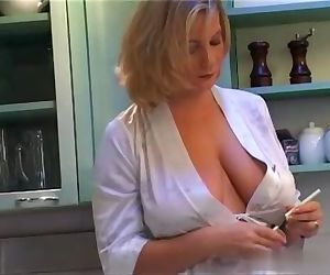 Gorgeous Big Natural Tits MILF