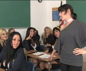 London Keys Lesbian Orgy - 8 min HD