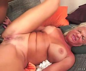 Interracial Anal Fuck with Granny..