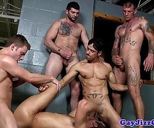 Spencer Fox gets shower groups..