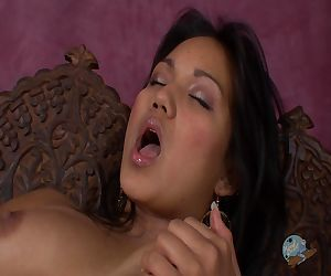 Lana Violet Fingers Herself To Climax