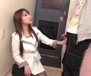 41Ticket - Insurance Lady Yuki Maya Fucks Client - 5 min HD