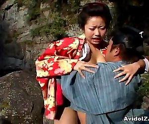 Sexy geisha Kotone Yamashita fucked hard 8 min