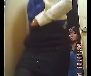 Spy cam on Korean restroom 59 sec HD