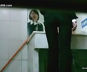 chinese girls go to toilet.66 11 min