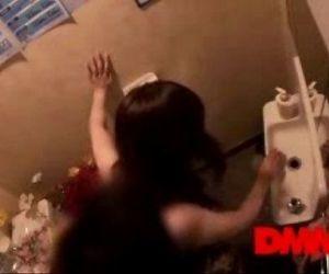 Fuyutsuki Kaede - I like to fuck in the toilet - 6 min