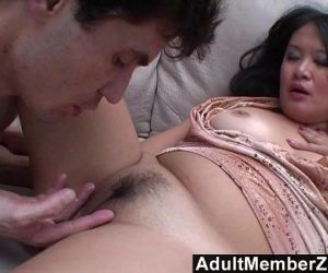 AdultMemberZone - He makes her squirt so much she cant take it anymore - 13 min HD
