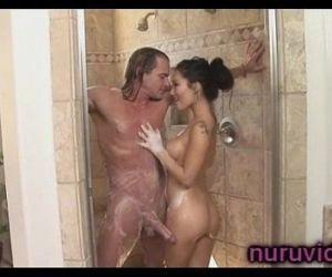 Asa Akira awesome shower - 5 min