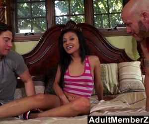 Cute Sydnee Taylor is not afraid to get double teamed - 11 min HD