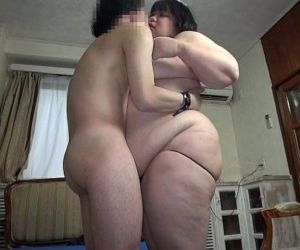 Subtitled Japanese extreme BBW fat body worship in HD - 5 min HD