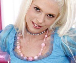 Foxy gal in fishnet stockings Jayda Diamonde stripping and..