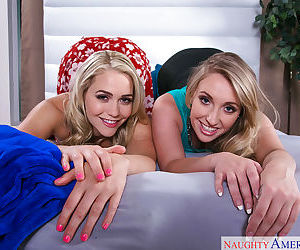 Lesbo pornstars Harley Jade and Mia Malkova humping while..