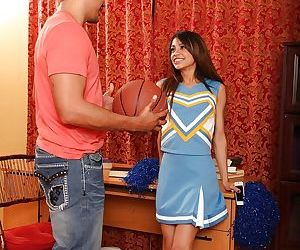 Latina teen Veronica Rodriguez gives a blowjob and gets..
