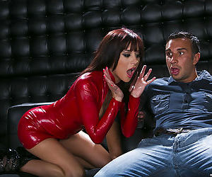 Hot chick in latex Gia Dimarco gets her asshole drilled by..