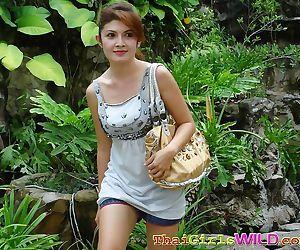 Thaise gf poseren in verschillende Bras - Onderdeel 899