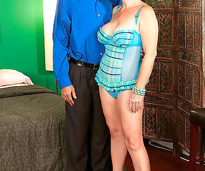 Chubby aged divorcee lydia south welcomes her latino..