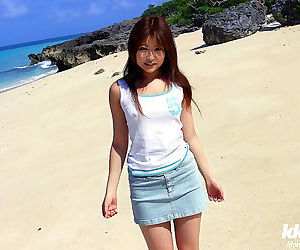 Japanese chick at the beach - part 2853
