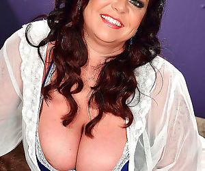 You big boob lovers out there might recognize krissy rose..