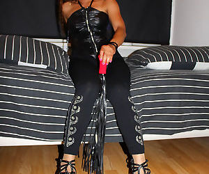 Mistress ooy featuring in bedtime teasing - part 1892
