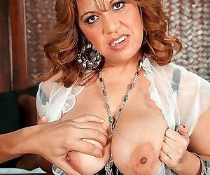 Kinky housewife carlo gets banged and creamed - part 2831