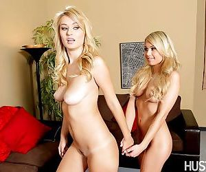 Blonde Natalia Starr wants to be closer to cunt of Kendall..