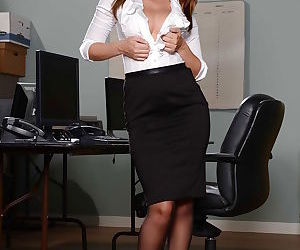 Sexy secretary Dillion Harper lets large natural breasts..