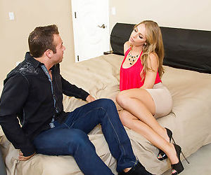 Nicole Aniston having a good sex and gets a good facial..