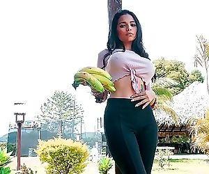 CARNE DEL MERCADOSexy Latina Mila..