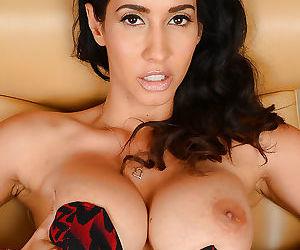 Latina MILF Isis Love revealing..
