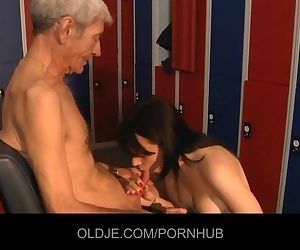 Wizened old man gets kinky brunette sucking his old dick..