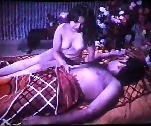 Reshma in full nude www.gandikahani.in